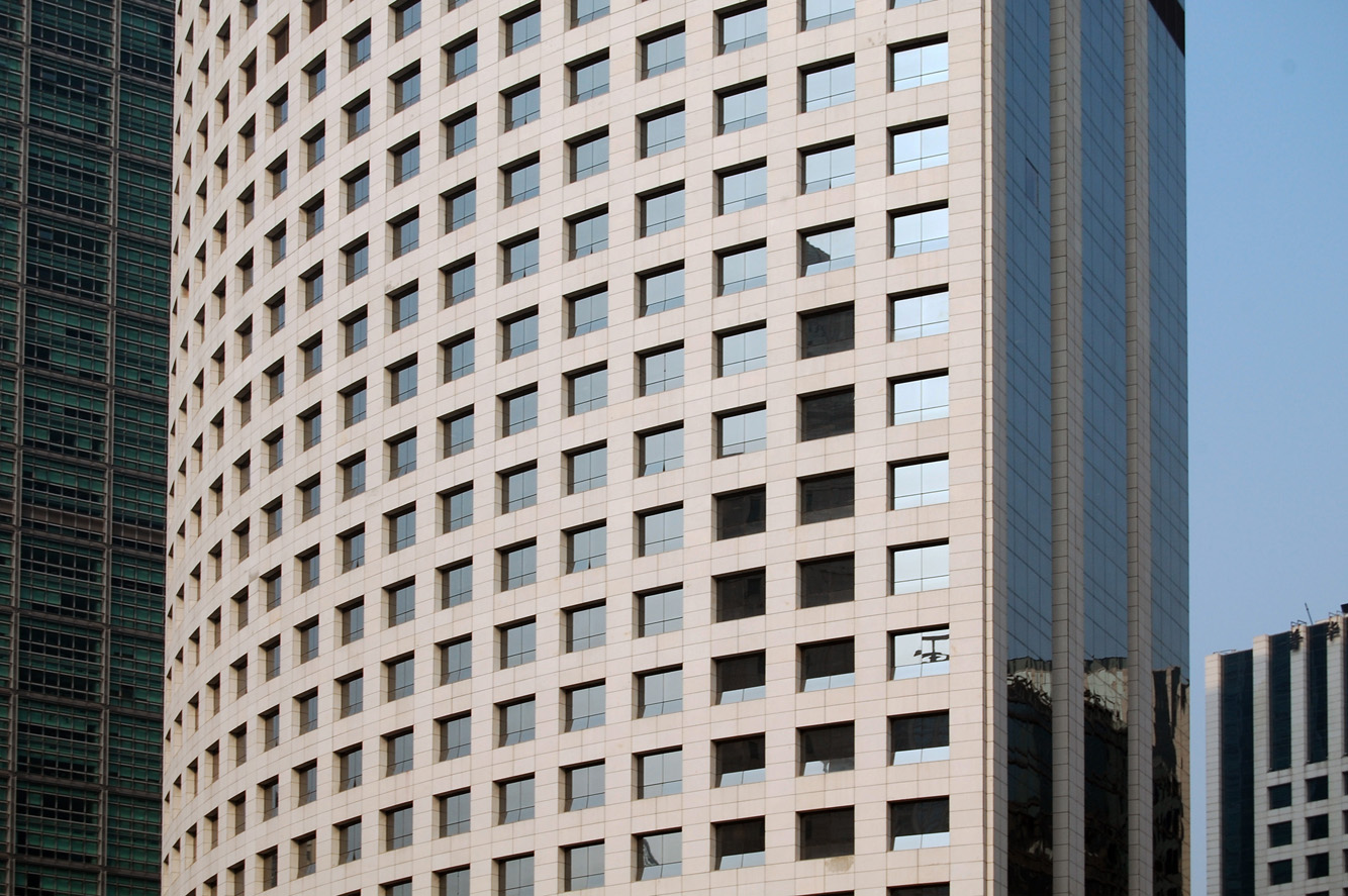 GT-Land-F1-5-tower-facade-detail